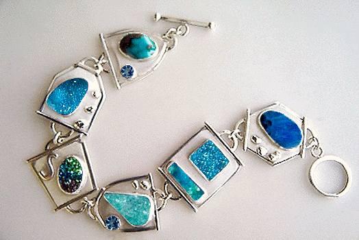 quantum quattro drusy  topaz bracelet
