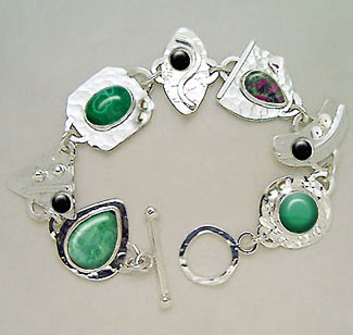 green gemstones bracelet - Bracelet Design Ideas