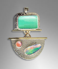 Chrysoprase opal pendant